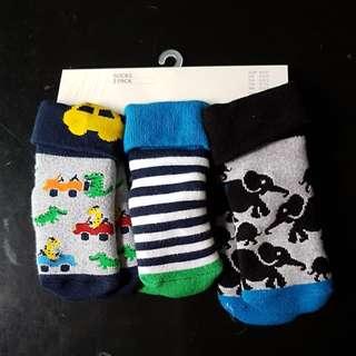 BN H&M 3 pack in 1 socks EUR 19/21