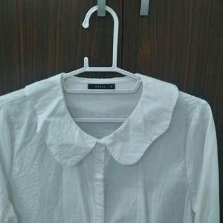 Pazzo全新白襯衫波浪領造型