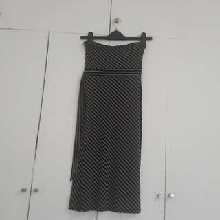 FOREVER 21 BLACK EMPIRE CUT TUBE DRESS SIZE EXTRA SMALL