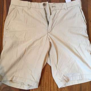 Uniqlo Chino Shorts Bundle size:32