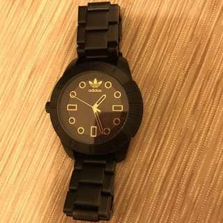 愛迪達手錶(原價6600)