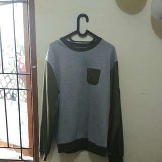 SALE AKHIR TAHUN : Cotton On : Bomber Sweater, size XL