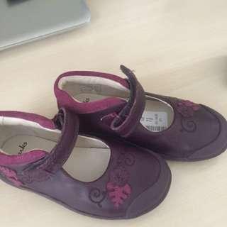 Clark's 女仔小朋友皮鞋(7號半)