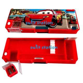 PIXAR CARS LIGHTNING McQUEEN MAGNETIC PENCIL CASE BOX