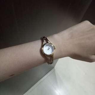 jam tangan Guess rosegold
