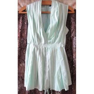 韓國製造 高級優雅 淡綠色上衣 非完美