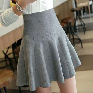 [Beststyler] women casual slim and fit cutting skirt /knitting umbrella high waist skirt / pleated skirt