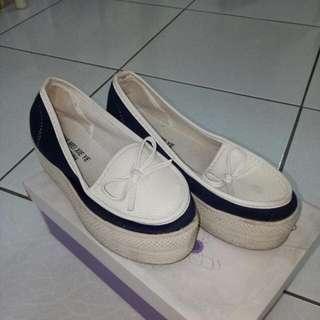 厚底休閒鞋(含運)