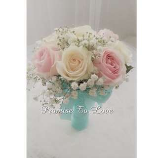 Fresh Light Pink Roses, White Roses & Baby's Breath Bridal Bouquet (Wedding / ROM/ Bridesmaid / Proposal/ Anniversary / Engagement )