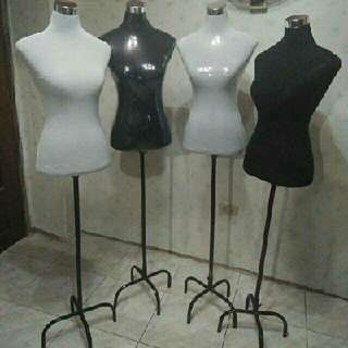 Fitting Form Women Mannequin with Stand (Brandnew)