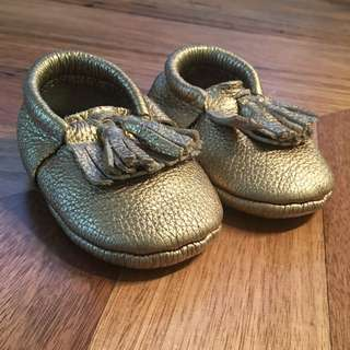 Girls Mocs Made with Love moccasins / shoes in gold rush, size 6 - 12 months