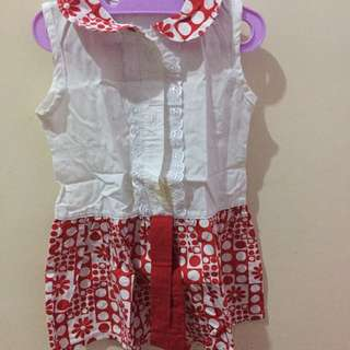 Red and white dress (with 1 flaw see picture for detail)