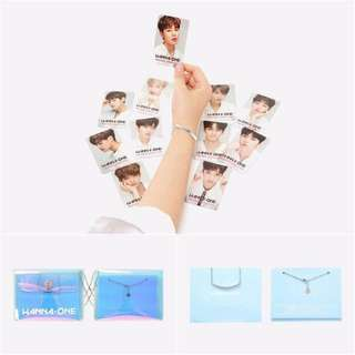 Wanna one transparent post cards