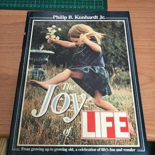 🚚 攝影集The Joy of LIFE,  Philip B.Kunhardt Jr.#含運最划算#交換最划算
