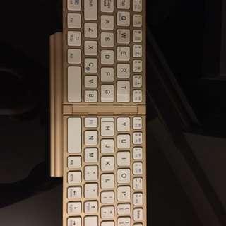 Foldable Bluetooth keyboard 可摺疊式藍芽𨫡盤