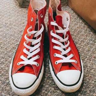 Great Condition Converse Chuck Taylor All Star Classic High Top