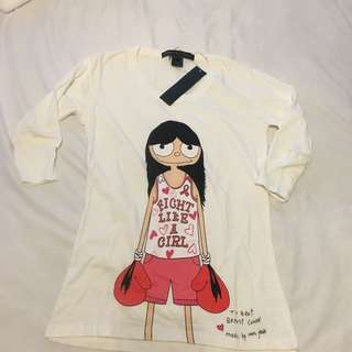 Marc Jacobs breast cancer t-shirt