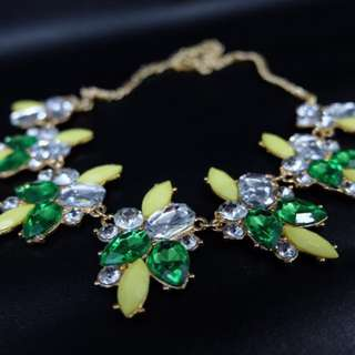 [NEW NEVER USED] BEAUTIFUL GREEN NECKLACE REPRICE!!