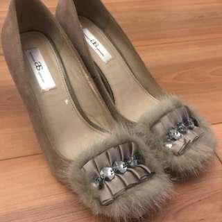 AS麂皮兔毛裸膚色高跟鞋