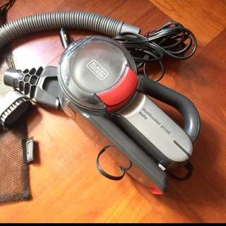 Black + Decker car vacuum dust buster