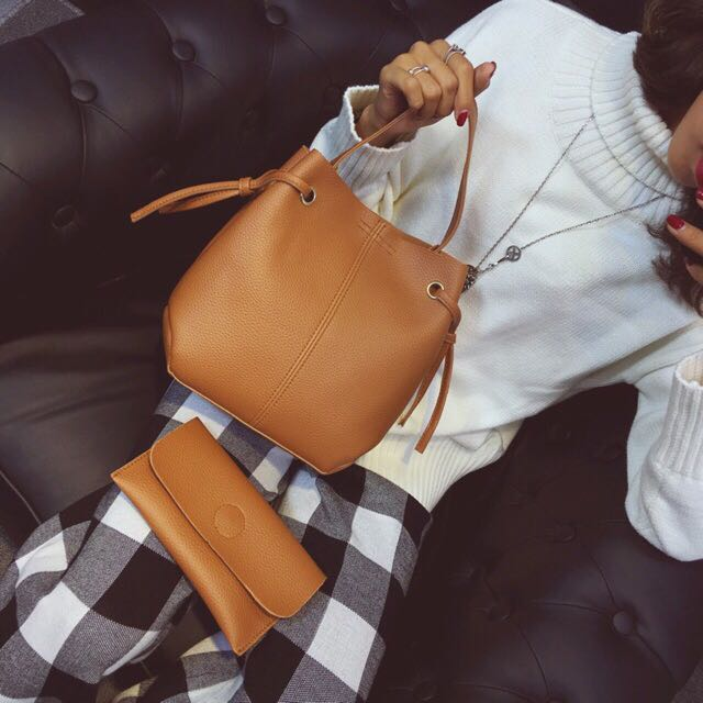 2 In 1 Bucket Bag