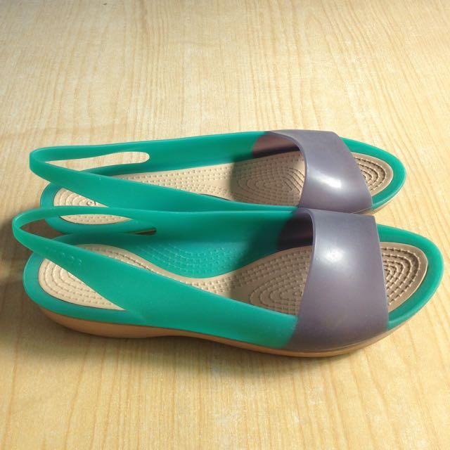 [ $ 499 免運 ]CROCS卡駱馳 復古 色彩布駱格亮透 露趾魚口 涼鞋 雨鞋 橡膠鞋 大尺碼 W9/25