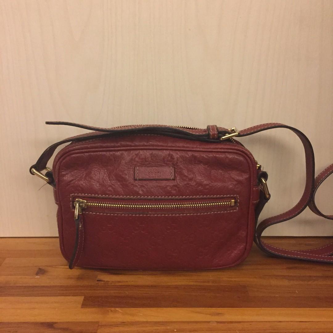 二手 Gucci 紅色 gg壓紋 斜背包 側背包