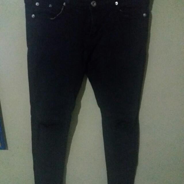 Black Pants (knee ripped)