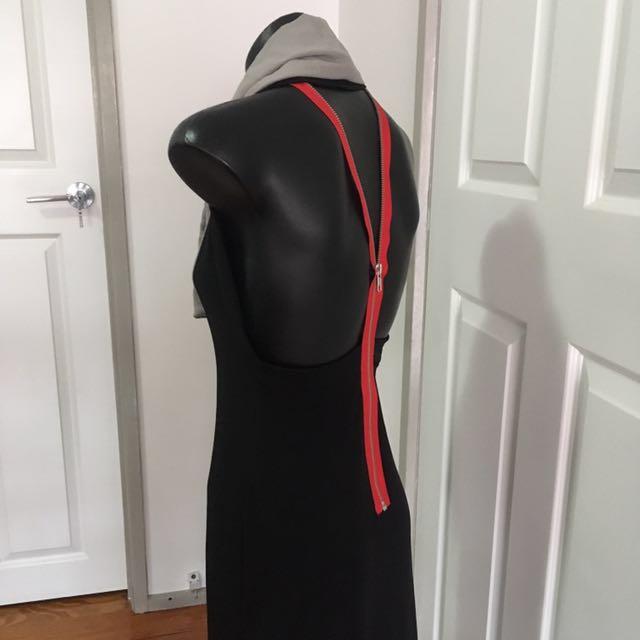 Dizingof Black Exposed Back Dress Size S