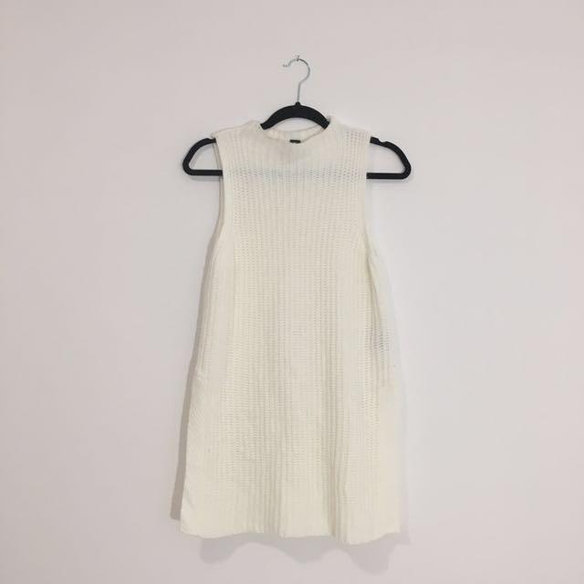F21 Sleeveless Knit Sweater