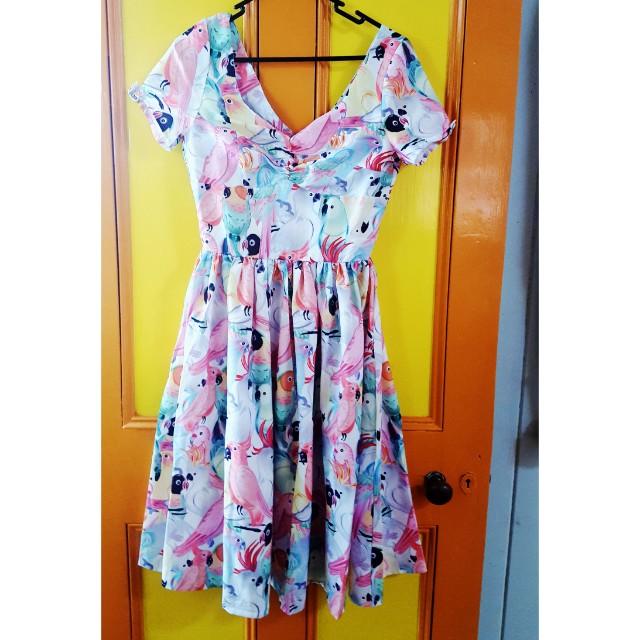 Gorgeous  Parrot New dress