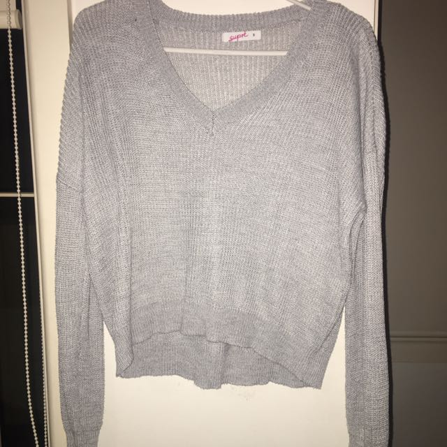 Grey long sleeve sweater