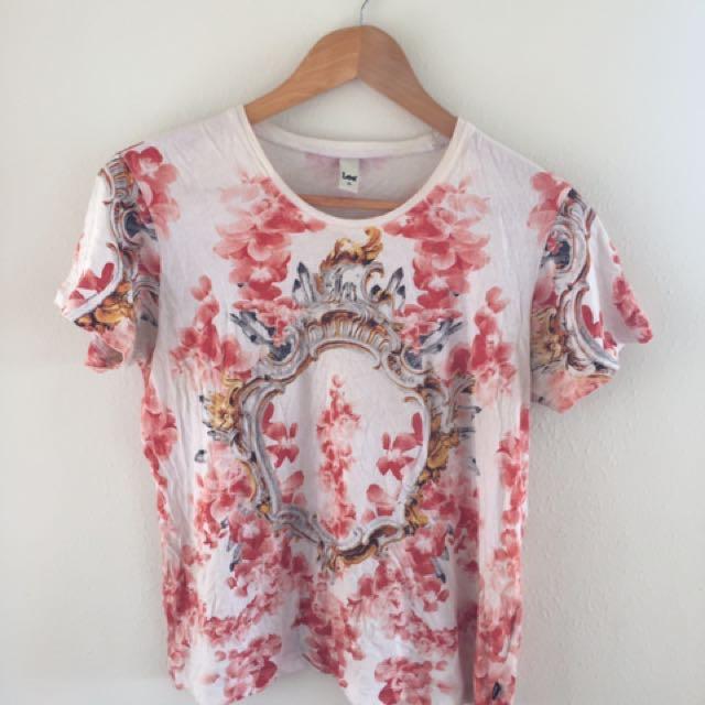 Lee tshirt