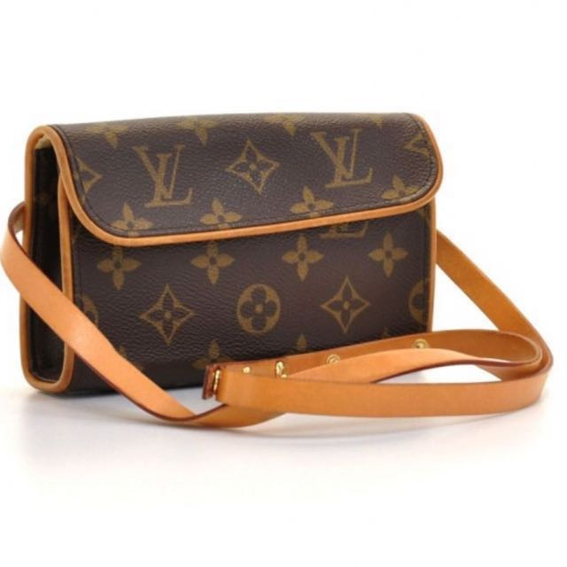 f4dda372278 LV waist pouch bag, Luxury, Bags   Wallets on Carousell