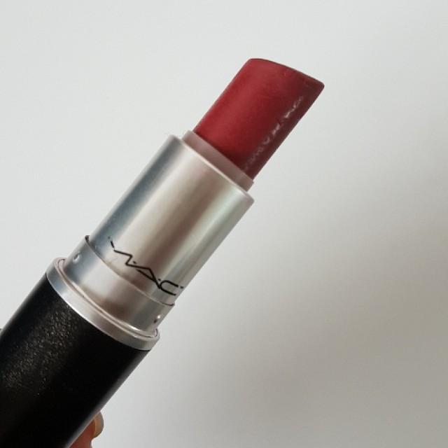 MAC Lipstick - Hot Tahiti