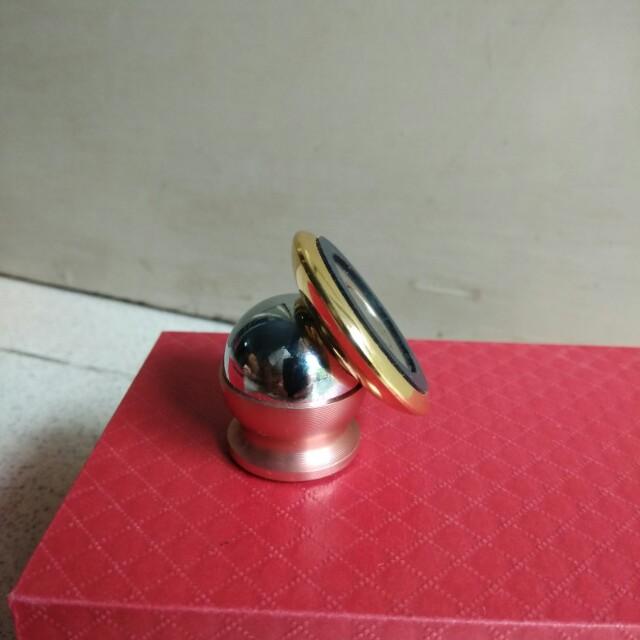 Magnetic Phone Holder Mobil