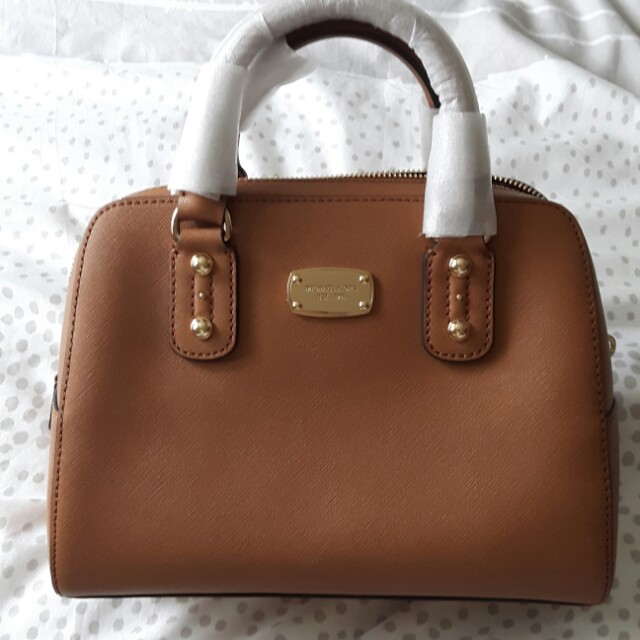 Michael Kors MK Bag with strap