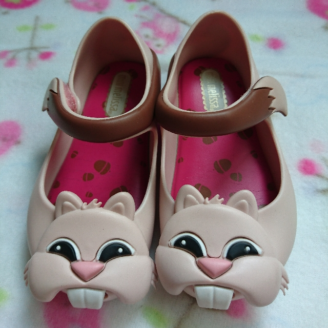 Mini Melissa size 6 (authentic)