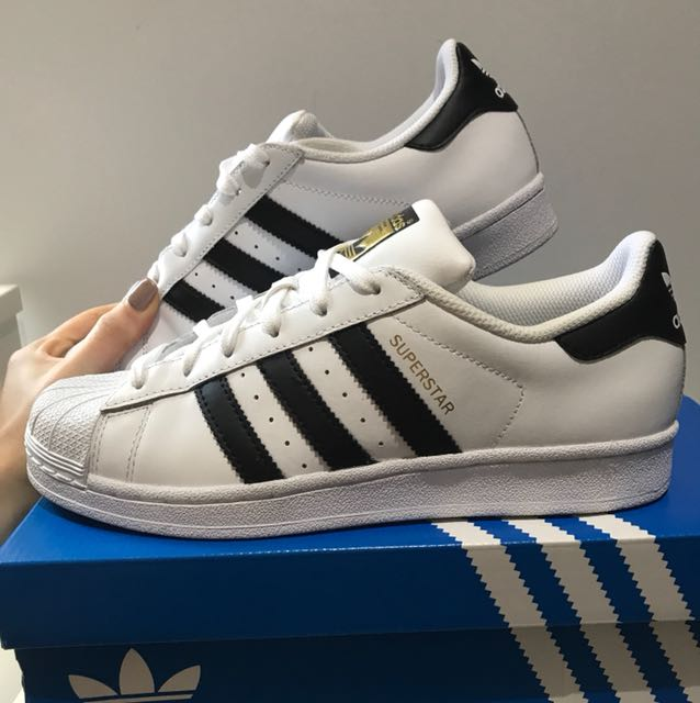 New Classic Adidas Superstar's Size 9