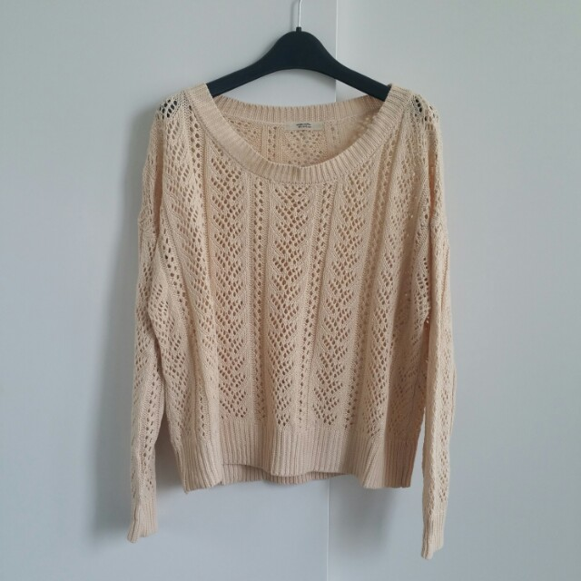 Nice Claup Knit Sweater