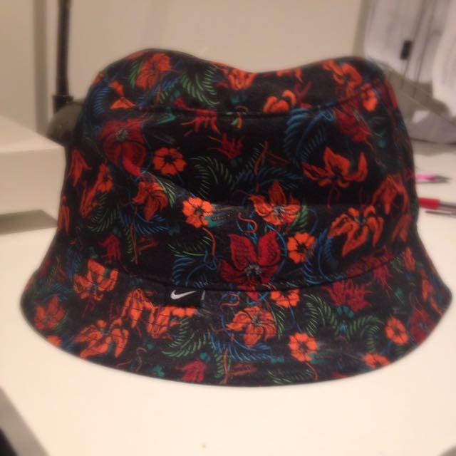 Nike Floral Bucket Hat