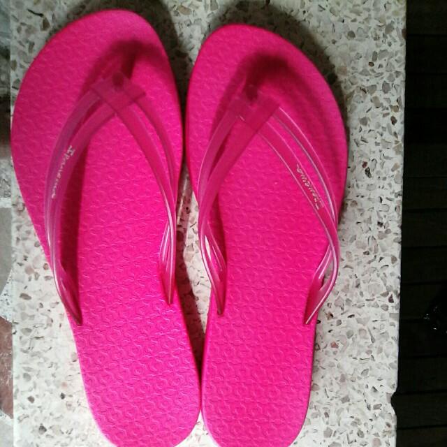 9a15a9e01 Original Ipanema slippers for her