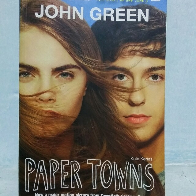paper towns by john green I would also like to add that i have read other john green books, the fault in our stars and an abundance of katherines (which is an excellent, charming read), and i will read more by him, in the hope that paper towns is just a dud.