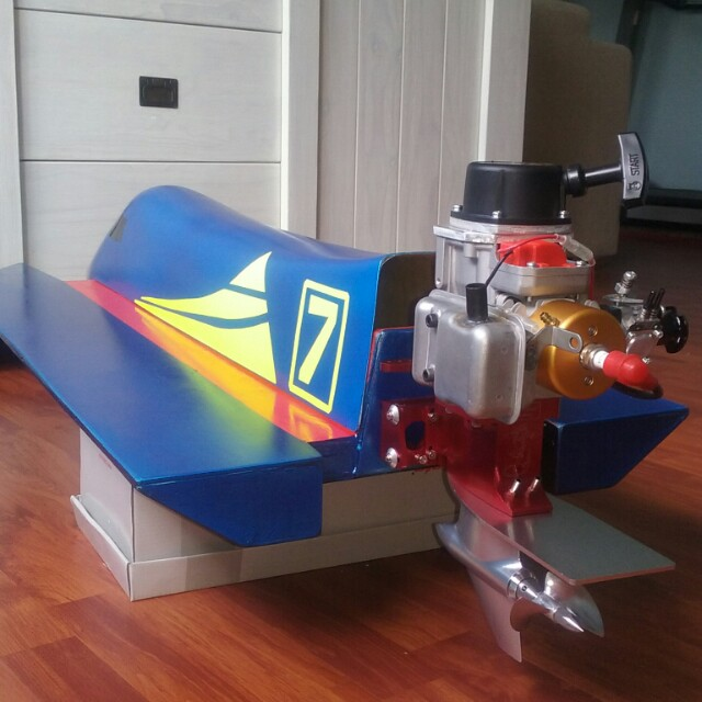 RC Tunnel Hull Boat  (SOLD), Toys & Games, Others on Carousell