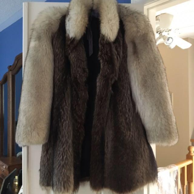Sliver Fox Fur Jacket (Size 6-8)