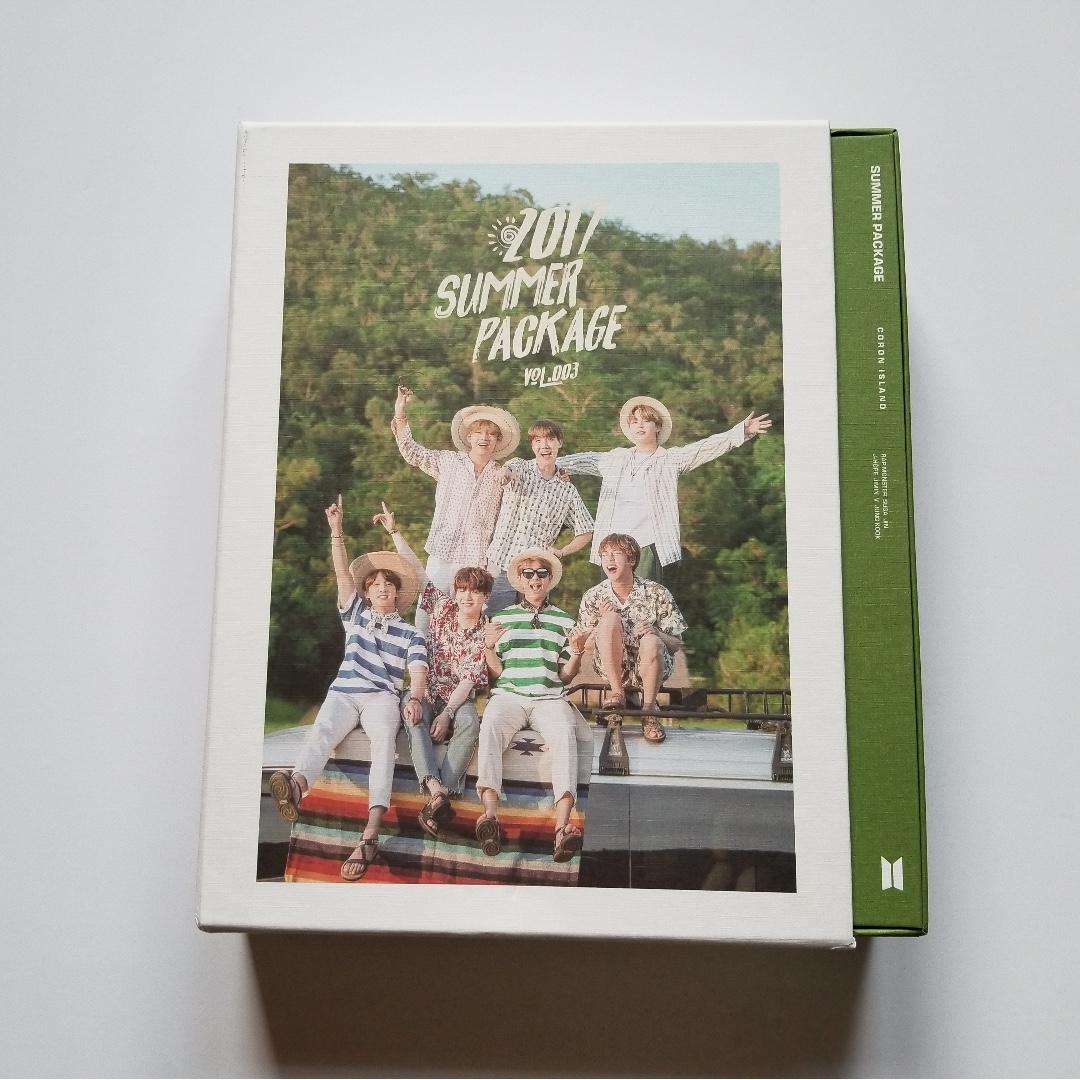 BTS Summer Package 2017 WITHOUT Selfie book and Fan battery