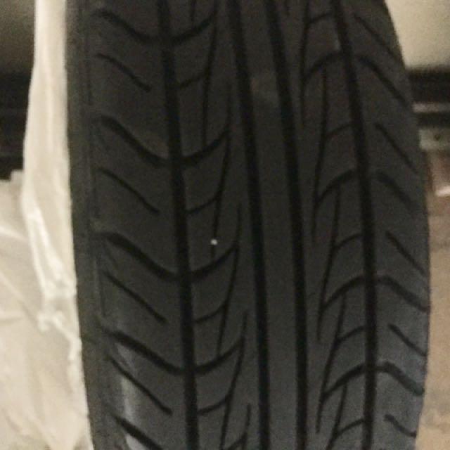 UNIROYAL  4Rims and 4 Tires for Dodge Caravan