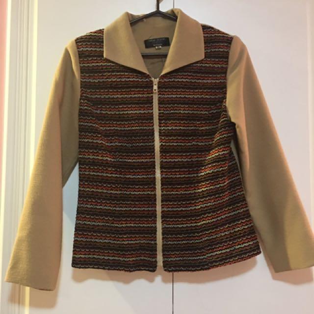 Vintage Beige Jacket With Rainbow Retailing