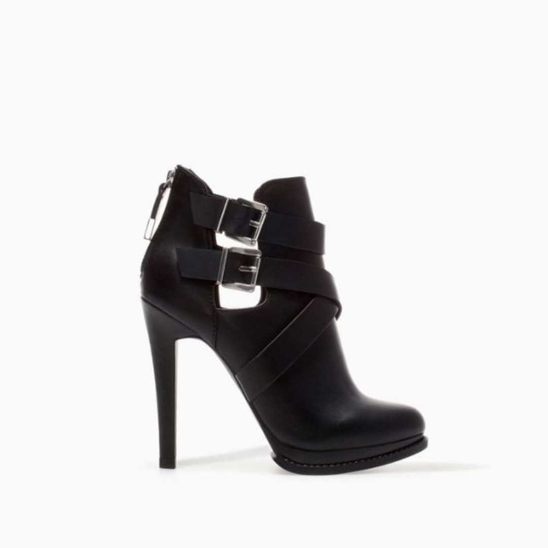 Zara /  SIZE 40 / US 9 / High Heel Ankle Boots with Buckles / BLACK