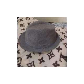 Topi fashion